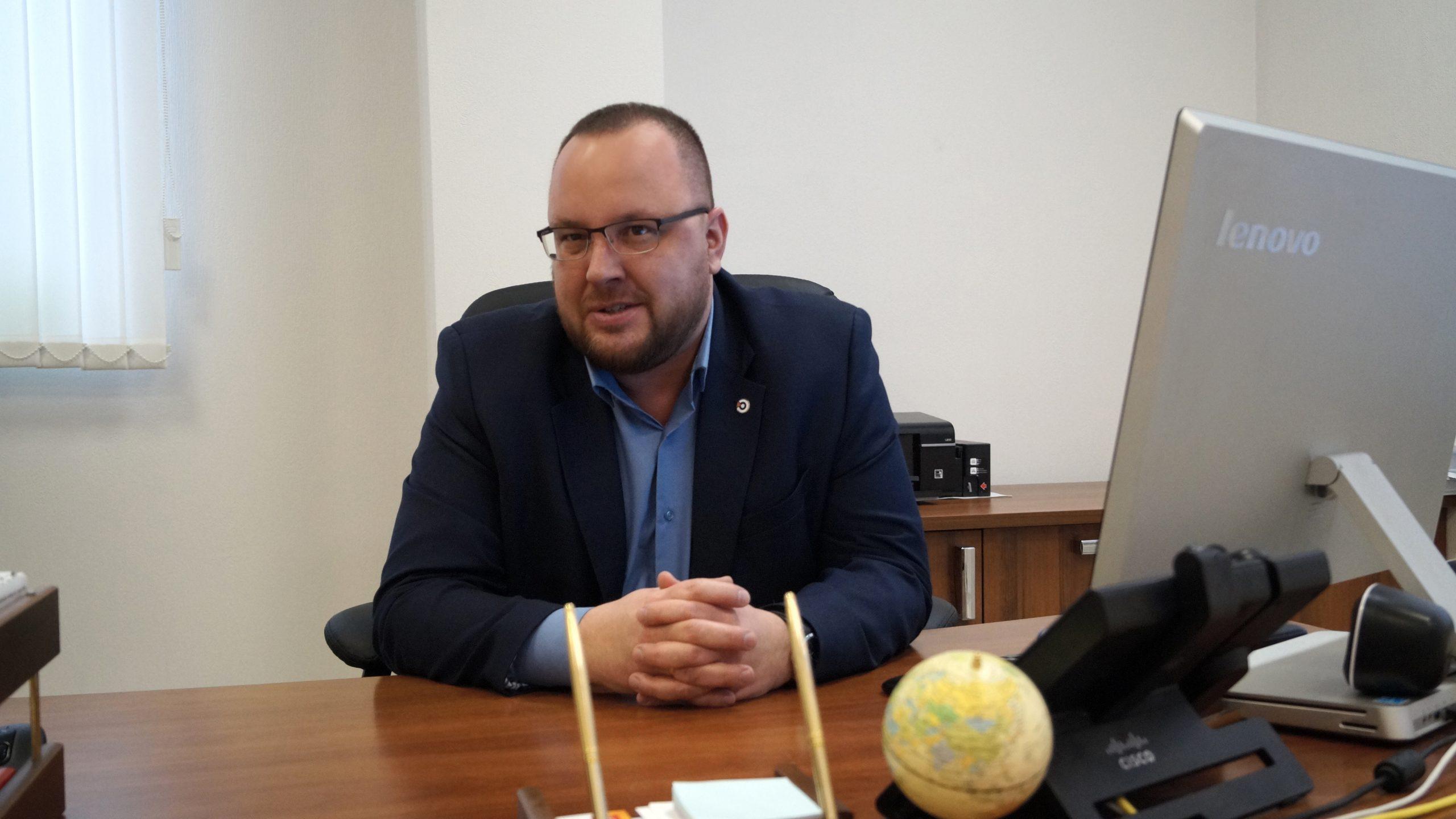 Кирилл Кузнецов, директор филиала АО «ЭР-Телеком Холдинг» в Челябинске (ТМ «Дом.ru», «Дом.ru Бизнес», «ЭР-Телеком») рассказал об особенностях программы «Цифровой город» и других «умных» проектах
